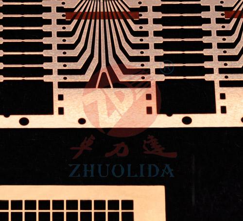 导线架作为集成电路的芯片载体